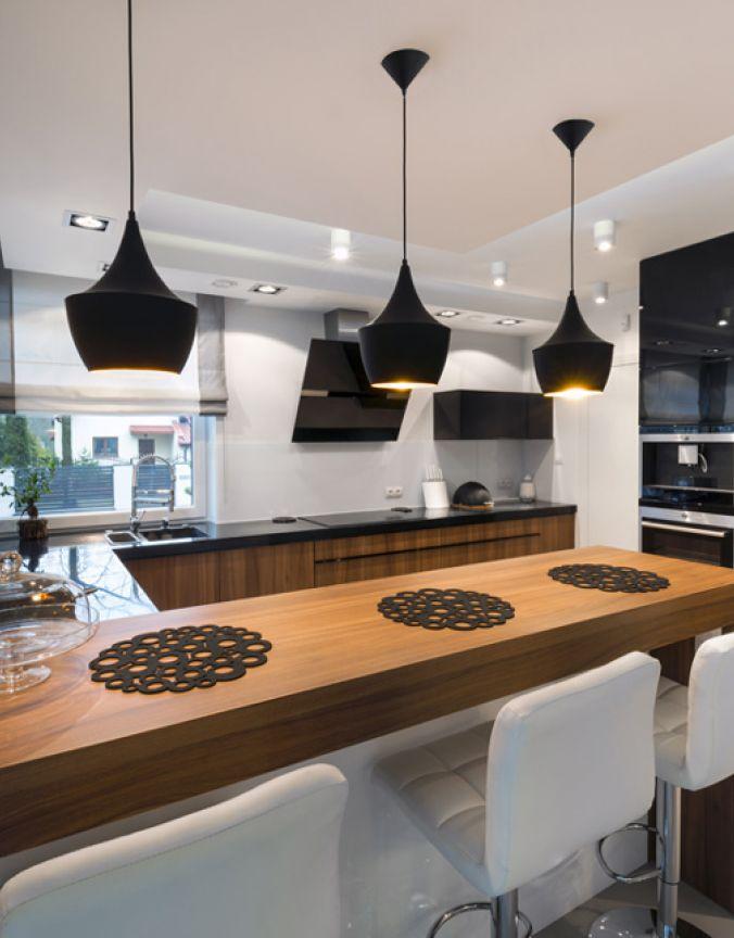 cuisine suspendu simple contemporain noir luminaires. Black Bedroom Furniture Sets. Home Design Ideas