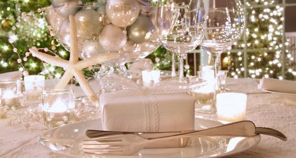 Se préparer pour Noël: Le dressage de la table.