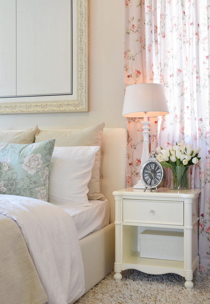 le style shabby chic multi luminaire. Black Bedroom Furniture Sets. Home Design Ideas